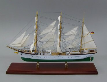 Gorch Fock Models