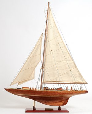 "Endeavour 24"" Model - In Stock"