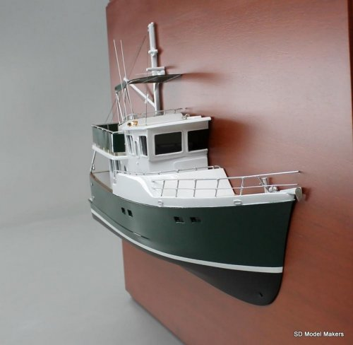 Selene 43 Detailed Half Hull Model - 18 Inch