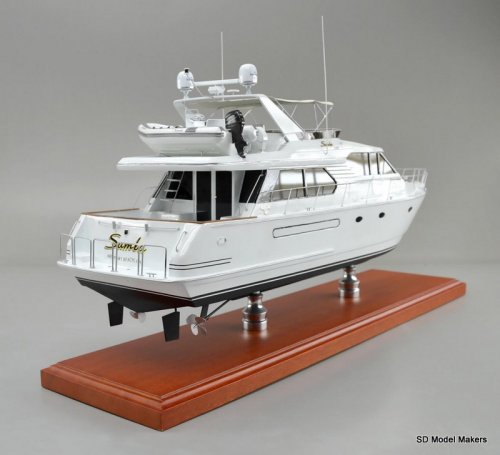 West Bay Sonship 58 - 28 Inch Model