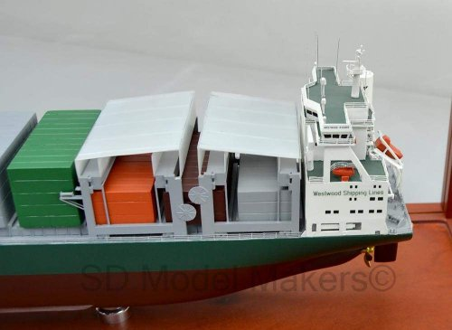 Container Ship - 7 and 24 Inch Models
